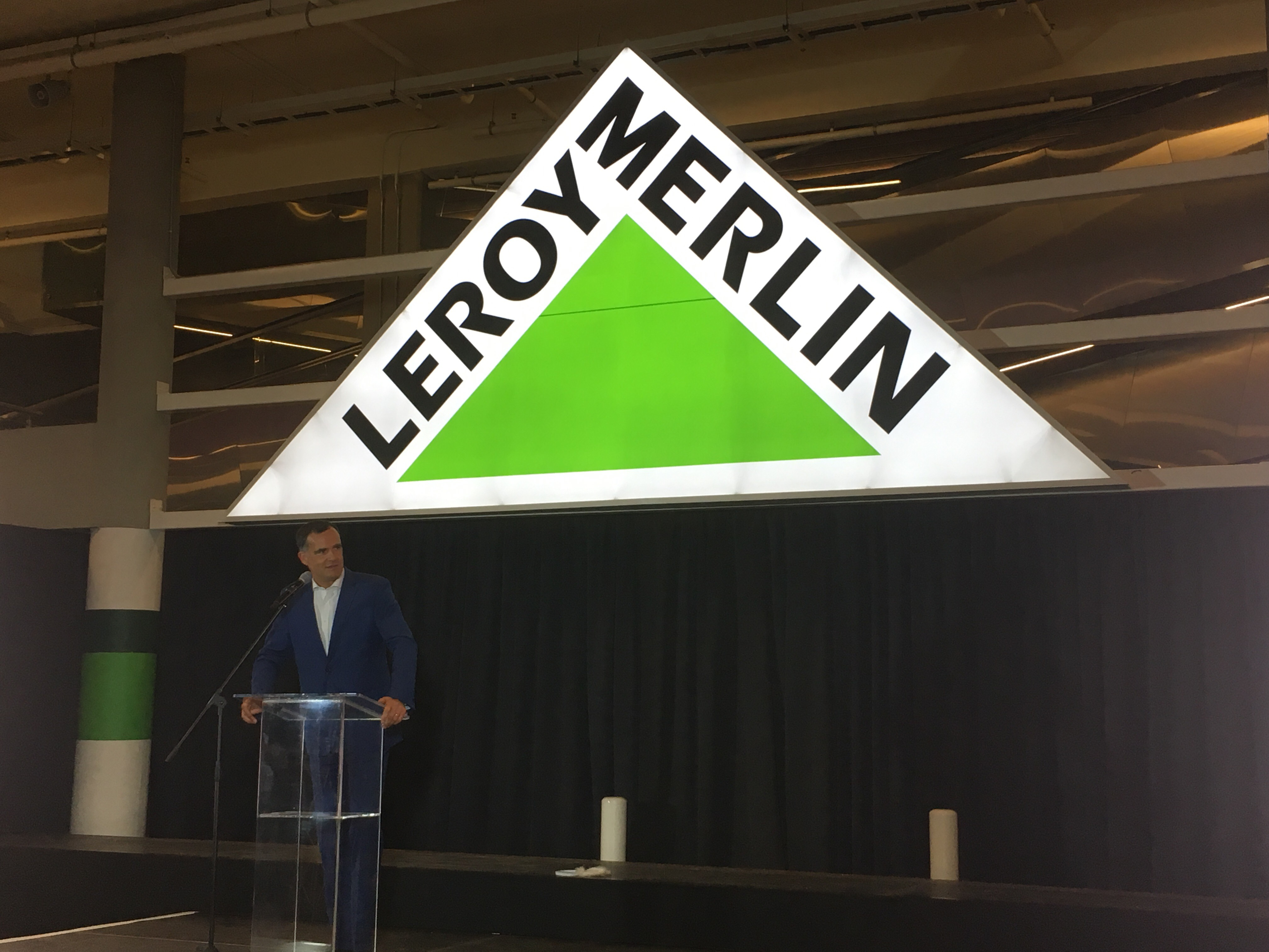 The first leroy merlin in south africa has opened french embassy