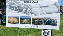 """Beyond Walls"" project - Saype in Cape Town"