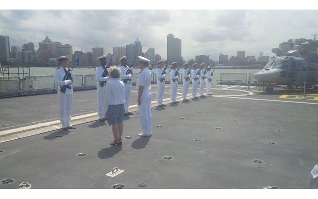 Ceremony of navy honnor to the Ambassador