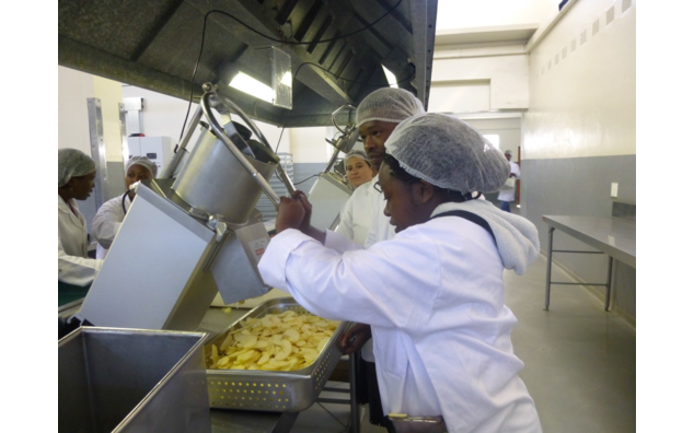 "Practical session at University of Fort Hare's Agripark, F'SAGRI course on ""Drying of Food and Agricultural Products"""